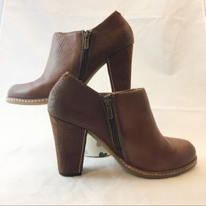 Pikolinos Brown Block Heels leather Bootie 7